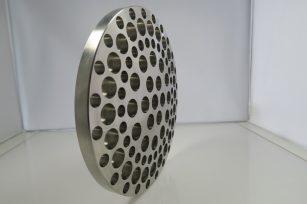 切削加工事例 Alloy C-276(ハステロイ相当品) 切削加工部品 円盤 穴11